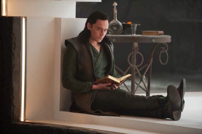 """Kadr zfilmu """"Thor: Mroczny świat"""" / """"Thor: TheDark World"""" (2013)"""