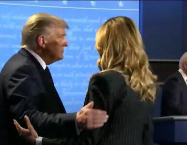 Melania Trump swoim chłodem wobec męża zwróciła uwagę internautów....