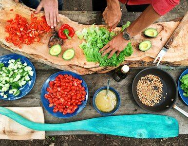 Dieta monotroficzna – na czym polega i dlaczego się o niej mówi?