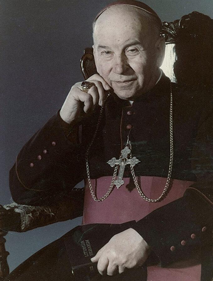 Ksiądz Biskup Piotr Gołębiowski (portret)