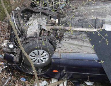 Samochód spadł z wiaduktu na torowisko. Nie żyje kierowca