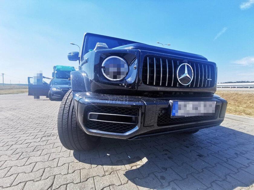odzyskany luksusowy Mercedes G63AMG