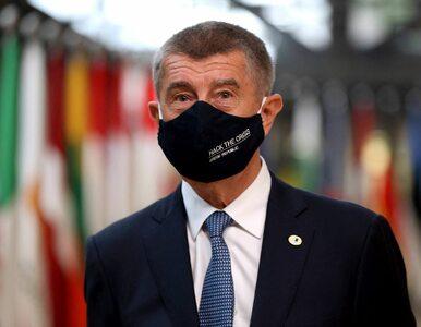 Premier Czech w orędziu przyznał się do błędu. Minister poszedł o krok...