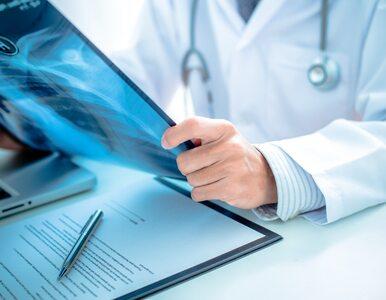 Ma wiele przyczyn i daje uciążliwe objawy. Czym jest zapalenie opłucnej?