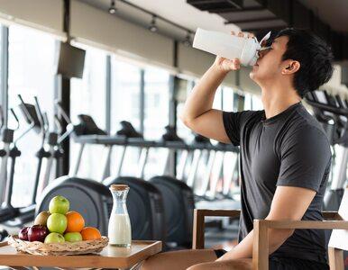 Czy do zbudowania mięśni potrzebne są koktajle białkowe?