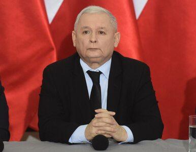 Kaczyński dziękuje za przyjęcie budżetu i przypomina blokowanie mównicy...
