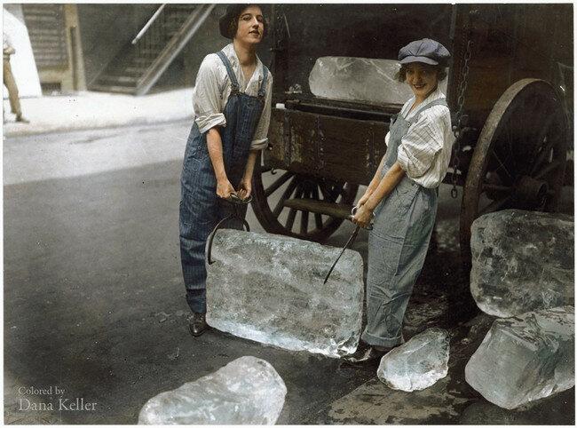 Dziewczyny dostarczające lód do sklepu, Nowy Jork, 1918
