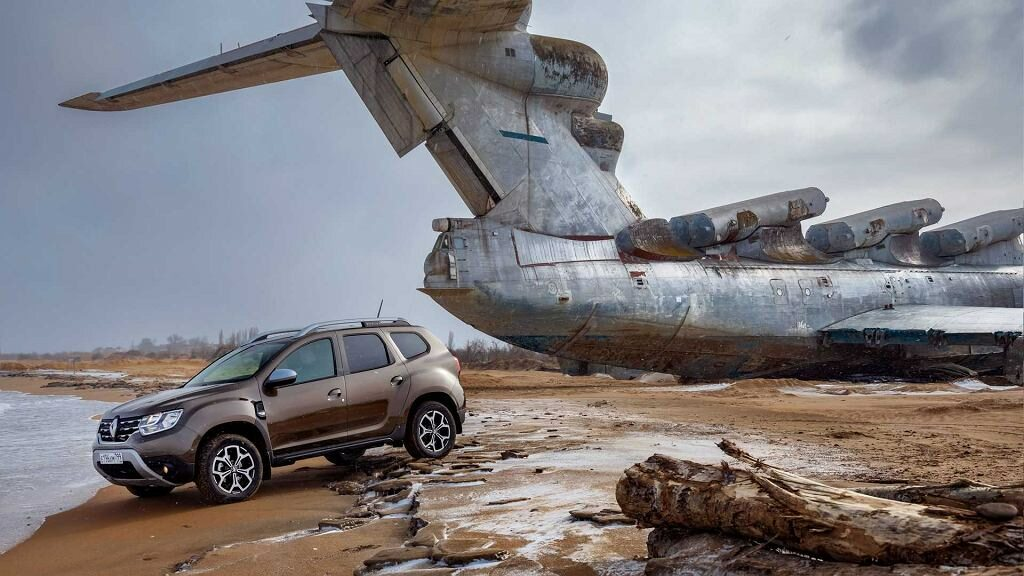 Renault (Dacia) Duster i ekranoplan Łuń