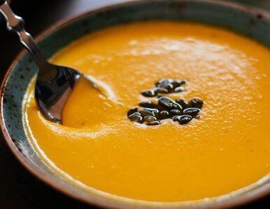 Przepis na rozgrzewającą zupę z dyni. Ten dodatek cię zaskoczy
