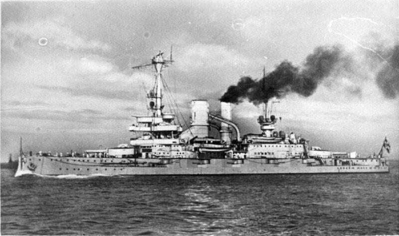 Jak nazywał się niemiecki pancernik, który otworzył ogień w kierunku Westerplatte 1 września 1939 roku?
