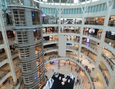 Czynne galerie handlowe, hotele i biblioteki. Co się zmienia od 4 maja?