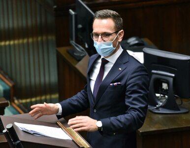 Uchwały anty-LGBT do modyfikacji? Wiceminister wysłał samorządom wymowne...