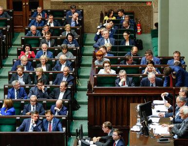Zmiany w rządzie, zmiany w partii i stare długi, czyli lista PiS do...