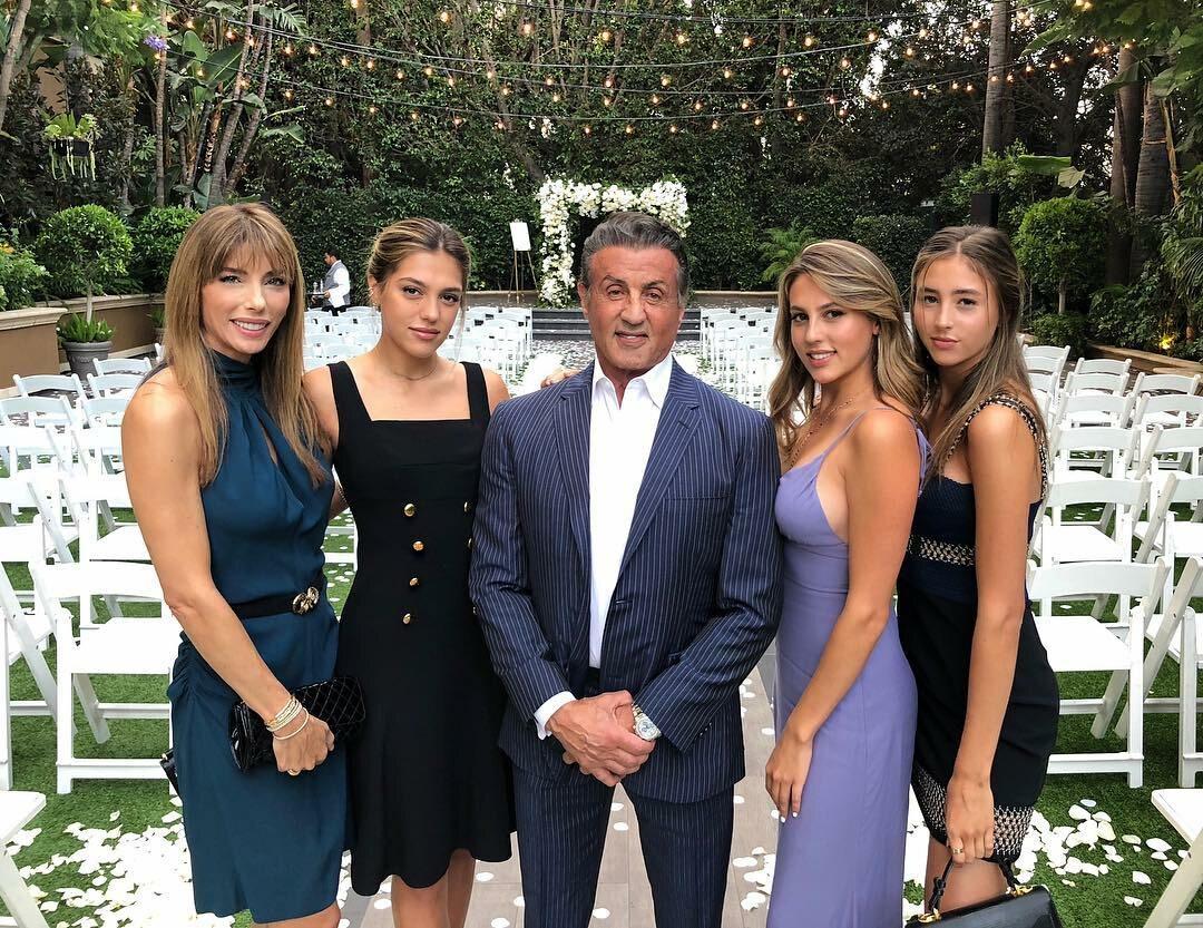 Sylvester Stallone z córkami i żoną Jennifer Flavin