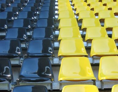 Stadiony ekstraklasy odwiedziło aż 2,5 mln kibiców, kluby zarobiły...