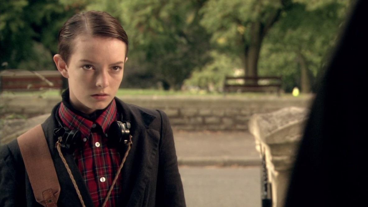 "Dakota Blue Richards jako Franky Fitzgerald w serialu ""Skins"""
