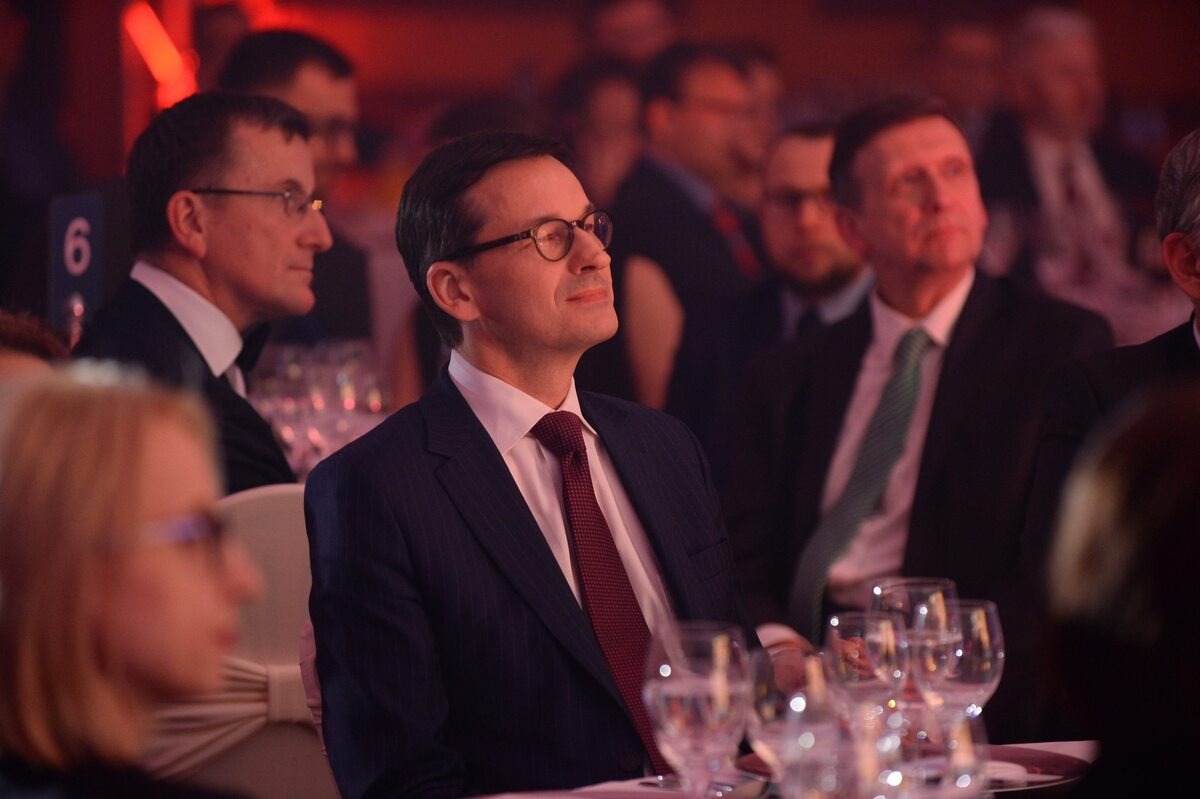 """Premier Mateusz Morawiecki na gali Człowiek Roku """"Wprost"""""""