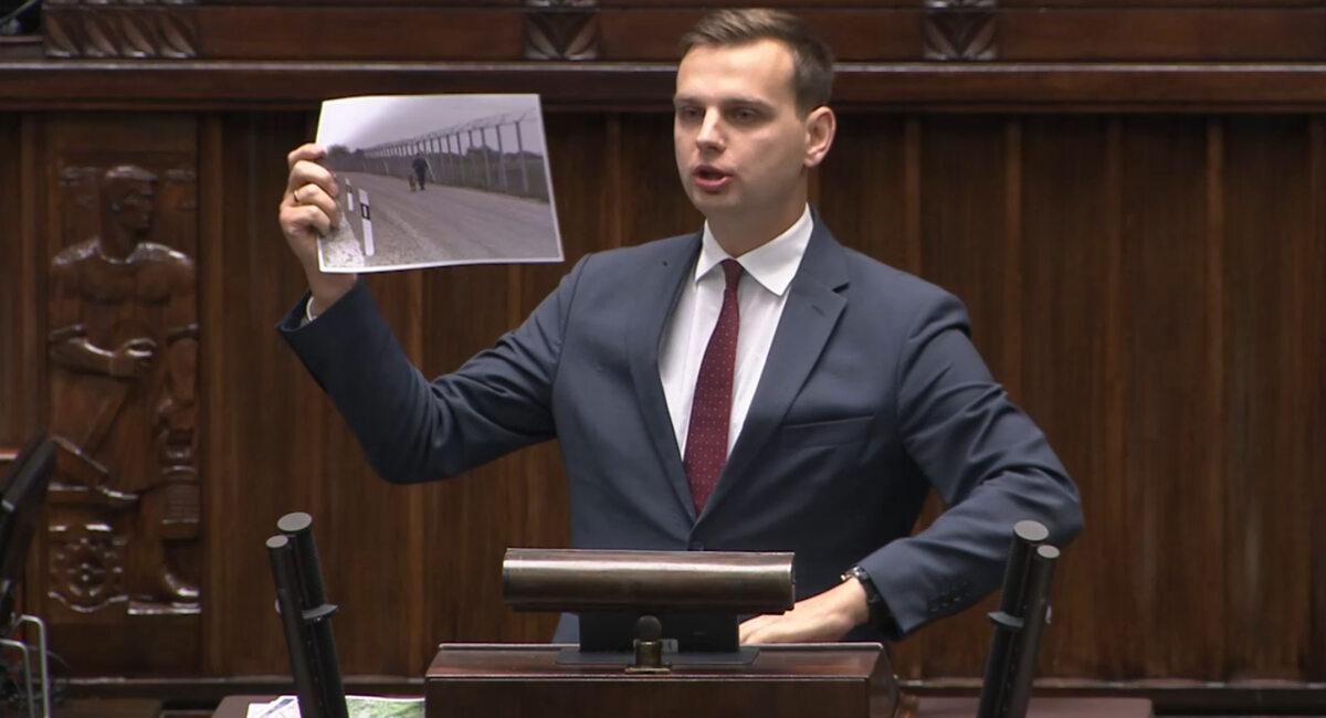 Jakub Kulesza pokazał zdjęcie z granicy węgiersko-serbskiej