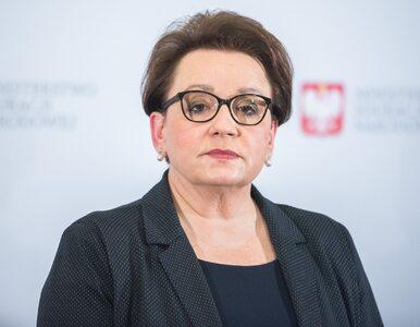 """Zalewska przerywa milczenie ws. strajku nauczycieli. """"Na stole ogromne..."""