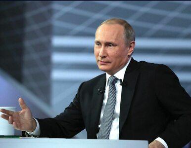 """Putin spotkał się z młodymi oficerami. """"Nowoczesna armia jest gwarancją..."""