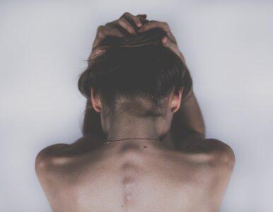 """Schizofrenia powoli odbiera człowiekowi jego """"ja"""". Jak żyć po usłyszeniu..."""