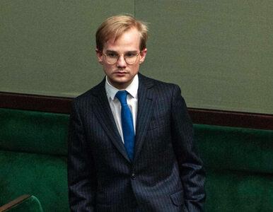 Młody wiceminister Piotr Patkowski zarobił więcej niż premier Mateusz...
