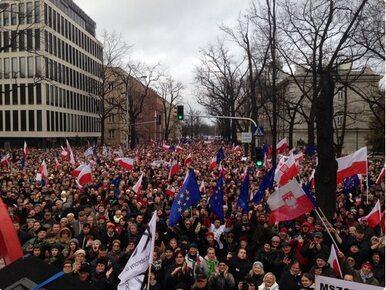 """Manifestacja KOD. """"Musimy zatrzymać marsz szaleńców"""""""
