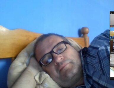 Wygodny radny PiS pracuje z łóżka. W zdalnym posiedzeniu komisji brał...