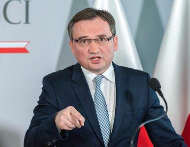 """Młodzi komornicy wściekli na ministra Ziobrę. """"Zamyka nasz zawód"""""""