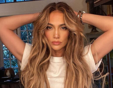 """51-letnia Jennifer Lopez odpowiada na hejt. """"Po raz milionowy – nigdy..."""