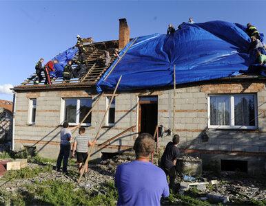 Trąba powietrzna nad Polską - plandeki zastąpiły dachy