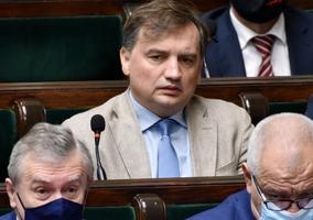 Były premier: Ziobro szantażuje kolegów i nie ustanie w szantażach