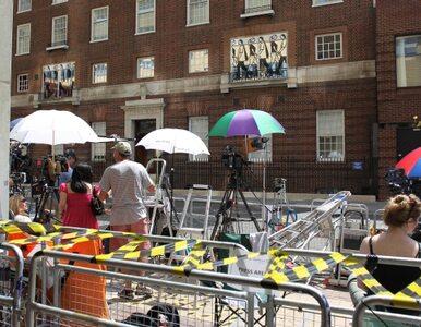 Księżna Kate nie rodzi, dziennikarze się opalają