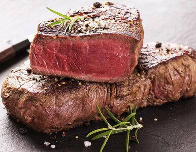 Jak przyrządzić idealny stek na zwykłej patelni?