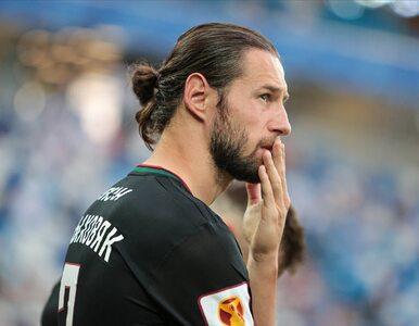 Grzegorz Krychowiak zmienia klub w kontrowersyjnych okolicznościach....