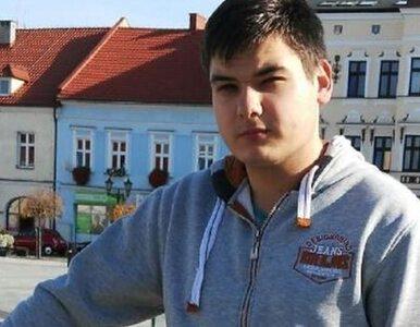 Warszawa. Samobójca spadł na 18-latka. Jest w ciężkim stanie, ruszyła...