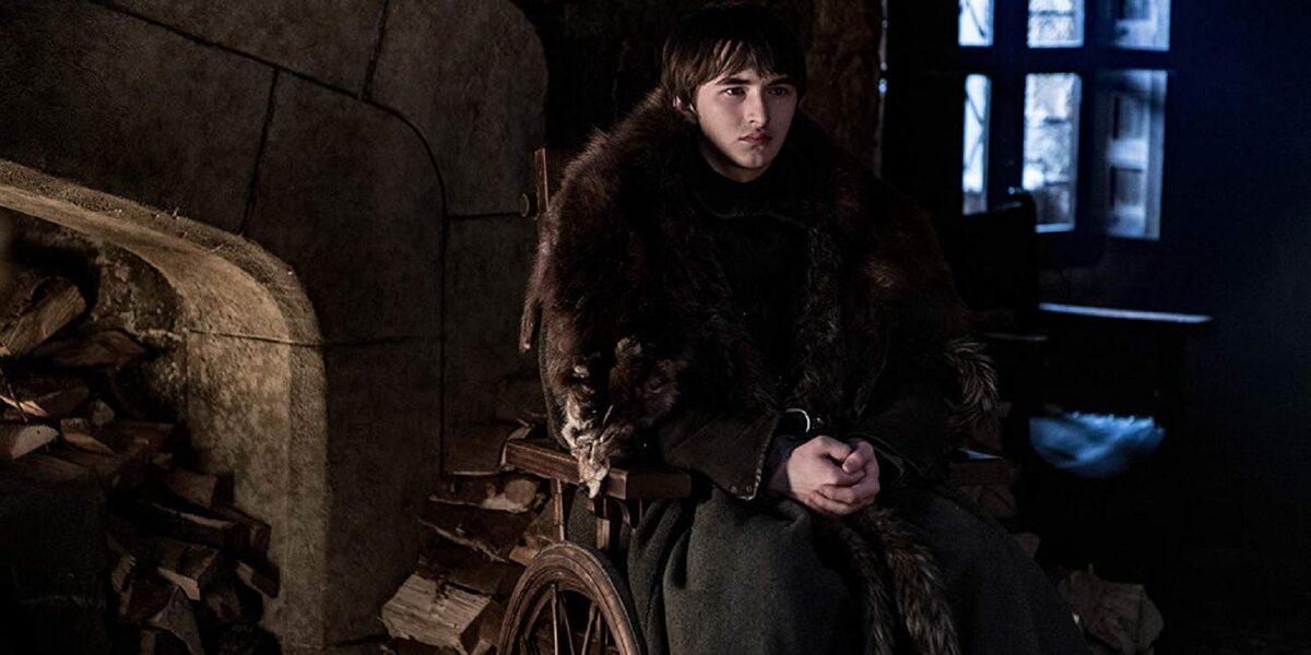 Bran Stark sezon 8 Isaac Hempstead-Wright ma obecnie 20 lat.