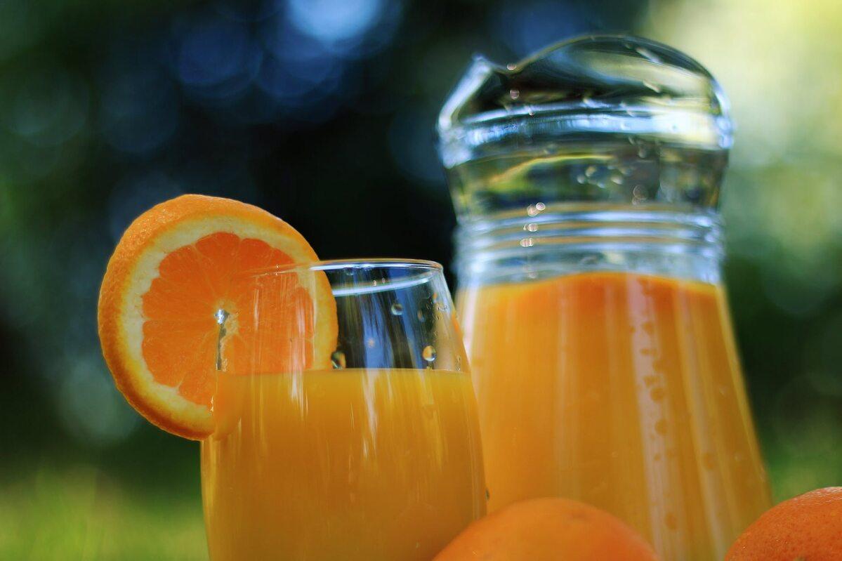 Sok pomarańczowy Zdjęcie ilustracyjne