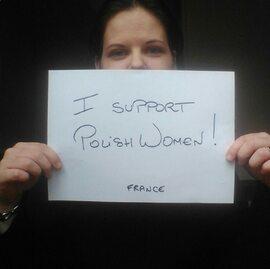 Czarny protest. Kobiety z całego świata wspierają Polki