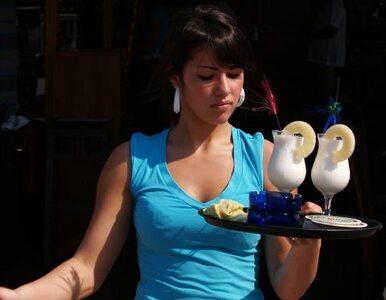 Co drugi pracownik gastronomii może mieć fałszywą książeczkę sanepidu