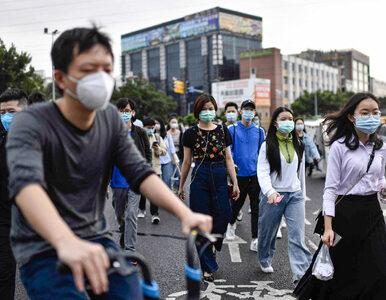 """Chińczycy masowo odwiedzali atrakcje turystyczne. """"Epidemia się jeszcze..."""