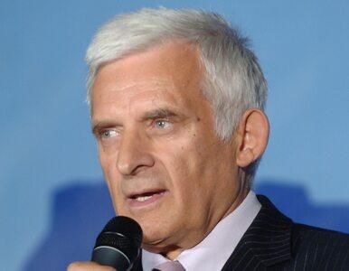 """Buzek w szpitalu. """"Ostatnio dużo pracował..."""""""