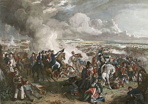 18 czerwca 1815. Bitwa pod Waterloo. Ostatnia bitwa Napoleona Bonaparte.   Były cesarz Francuzów powrócił z wygnania na Elbie i objął rządy na okres 100   dni. Zebrał ponad 70-tysięczną armię, z którą ruszył w kierunku Brukseli, gdzie   stały nierozwiązan