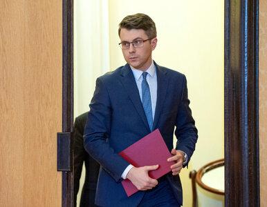 """Rzecznik rządu, Piotr Müller dla """"Wprost"""": """"Ciężko się dyskutuje z..."""