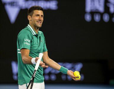 """Wybuch złości Novaka Djokovica. Tenisista """"wyżył się"""" na rakiecie"""