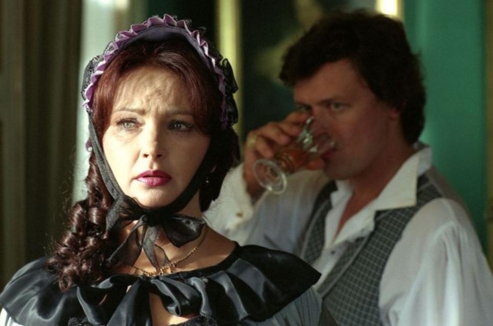 """Kadr z filmu """"Dama Kameliowa"""""""