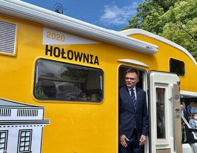 """Kto stoi za Szymonem Hołownią? """"To szalupa ratunkowa dla PO"""""""