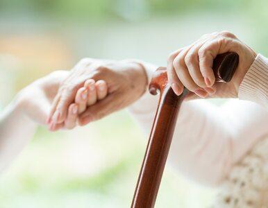 Opiekunowie osób starszych zagrożeni wypaleniem i depresją