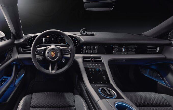 Wnętrze Porsche Taycana