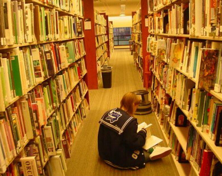 Biblioteka czeka na książki z IPN